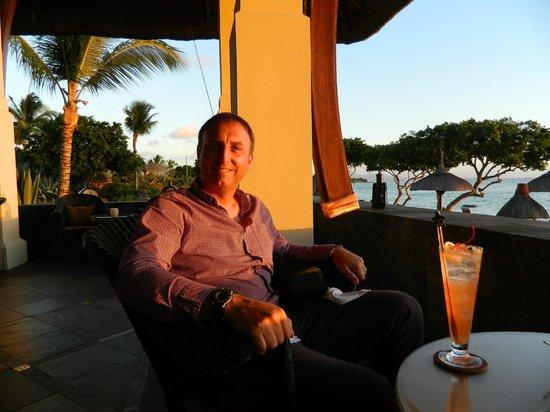 The Oberoi, Mauritius: Sunset cocktails.