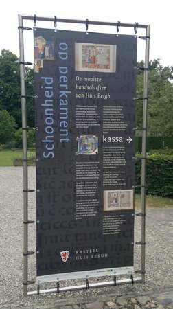 Kasteel Huis Bergh: Signboard for the exhibition