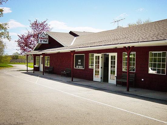 The Door County Cherry Hut: Welcome to the Cherry Hut