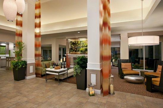 Hilton Garden Inn San Francisco Airport North: Lobby