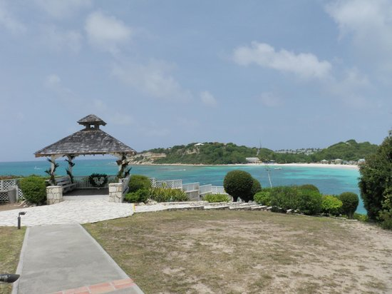 Pineapple Beach Club Antigua: Wedding gazebo on the hill