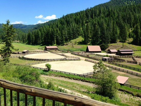 Red Horse Mountain Ranch: view from the lodge