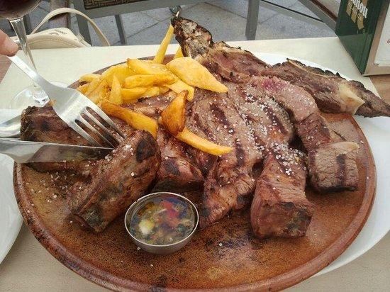 Restaurante La Bruja: CHULETON