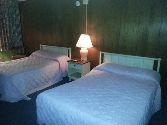 Riviera Motel: OLD - Double Beds
