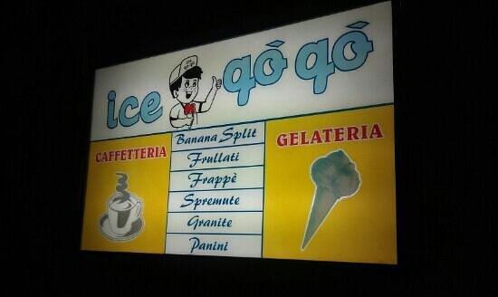 Ice go go: insegna del locale