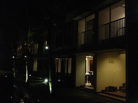 Summer Hill Private Villas Hotel & Conference: nite