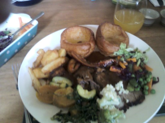 The Wheatsheaf Inn Restaurant and Bar: Main Course : Roast Beef & Roast Pork