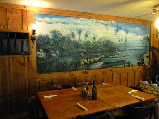 Spring Creek Restaurant: Interior
