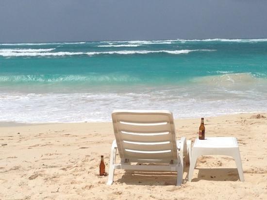 Restaurante El Paraiso : cervecita en la playa de San Luis
