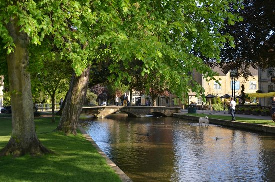 The Croft Restaurant: Beautiful Bourton on the Water