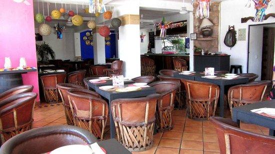Salsa Grill: Inside the restaurant