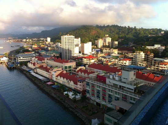 Four Points by Sheraton Sandakan: View of Sandakan Town from room