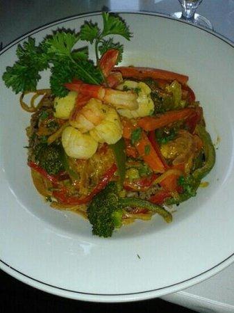 Little Mediterranean Restaurant: Shrimp and Scallop Curry