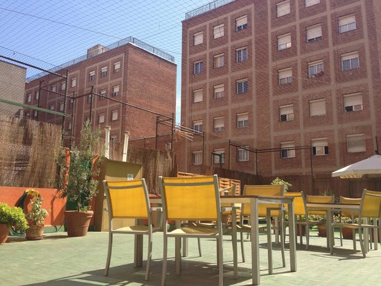 Yellow Nest Hostel Barcelona: Rooftop Terrace