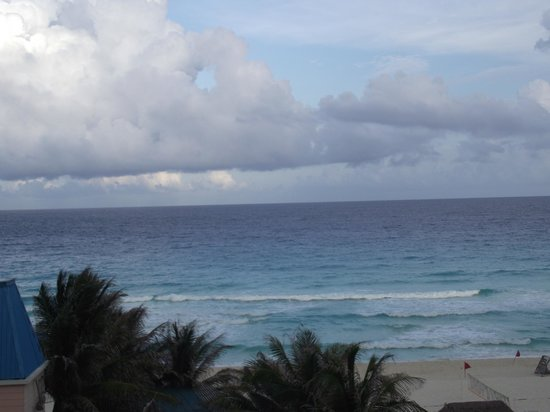 Golden Parnassus All Inclusive Resort & Spa Cancun: the view