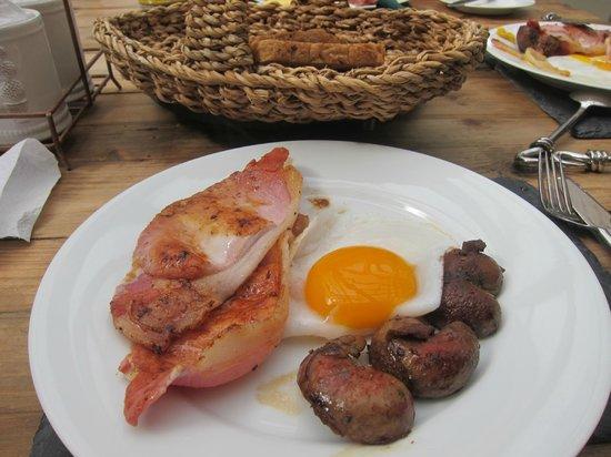 Cheskin House Breakfast Of Fresh Duck Eggs Local Pork And Lamb Kidneys