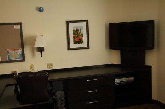 Candlewood Suites Phoenix Tempe: Bed room