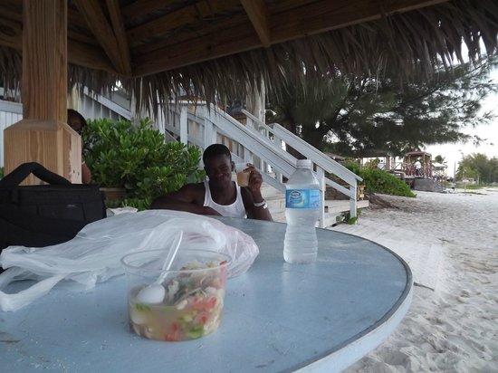 Tony Macaroni's Conch Experience: relaxing..at Taino Beach