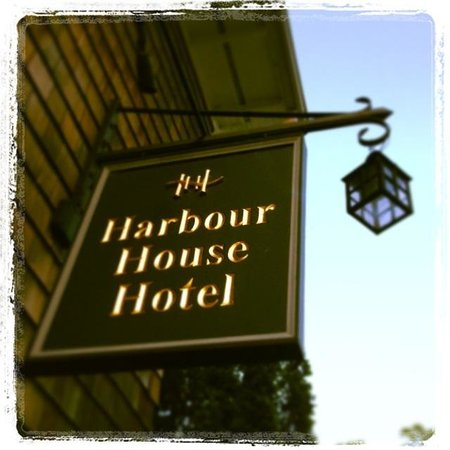 Harbour House Hotel: Darling sign!!!