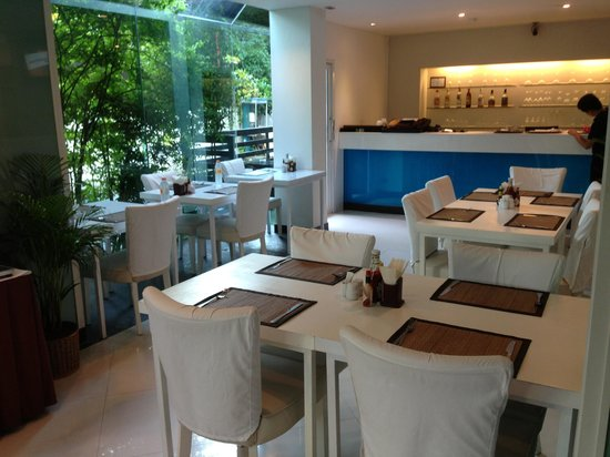iCheck inn Mayfair Pratunam: Cafe for daily  breakfast