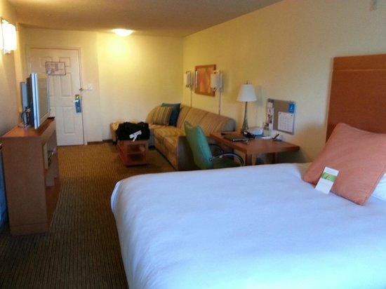 HYATT house Austin / Arboretum: hotel room