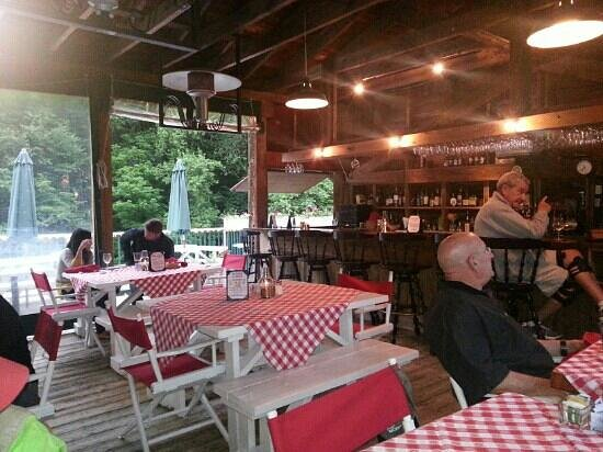 Old Red Mill Inn And Restaurant