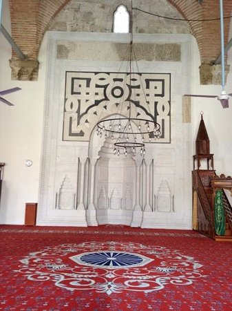 Isa Bey Mosque: inside the mosque