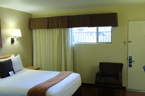 Best Western Turquoise Inn & Suites : Bed3