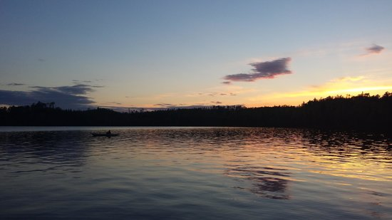 Hungry Jack Lodge & Campground: Sunset over Hungry Jack Lake