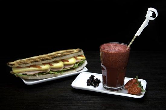 Del Viento: jugos naturales y sandwiches especiales