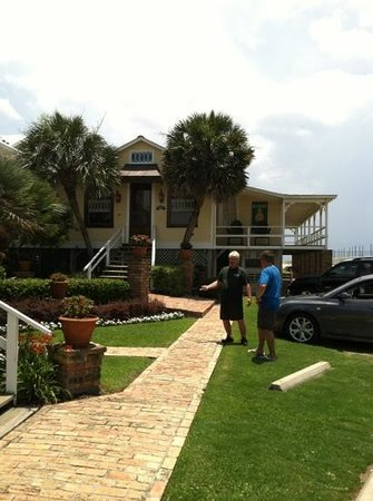 The Original Romar House Bed & Breakfast Inn: southern hospitality from Greg