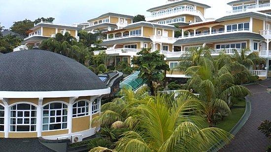 Monaco Suites de Boracay: resort view 1