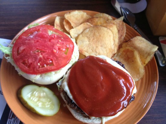 BrewBurger's Pub and Grill: Smokey Burger