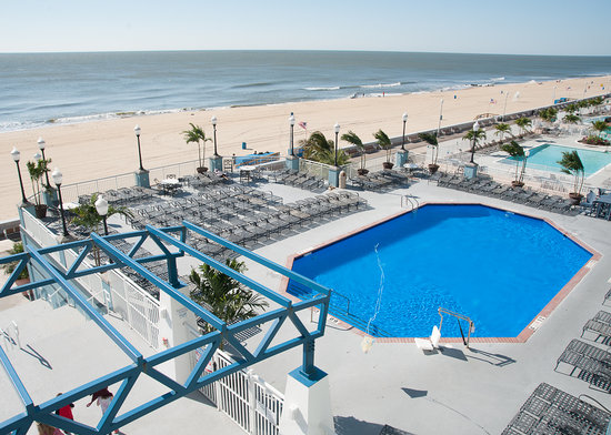 oceanfront view from room picture of holiday inn hotel. Black Bedroom Furniture Sets. Home Design Ideas