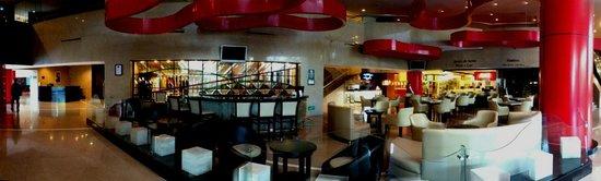 Hall del hotel Hilton Guadalajara