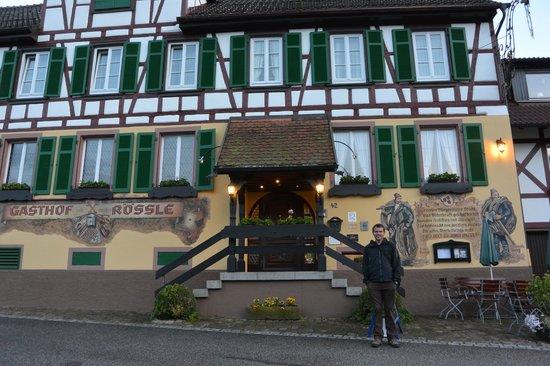 Hotel zum weyßen Rößle: Hotel Exterior