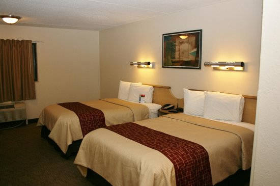 Red Roof Inn Cleveland Airport - Middleburg Heights: Double Bed Room