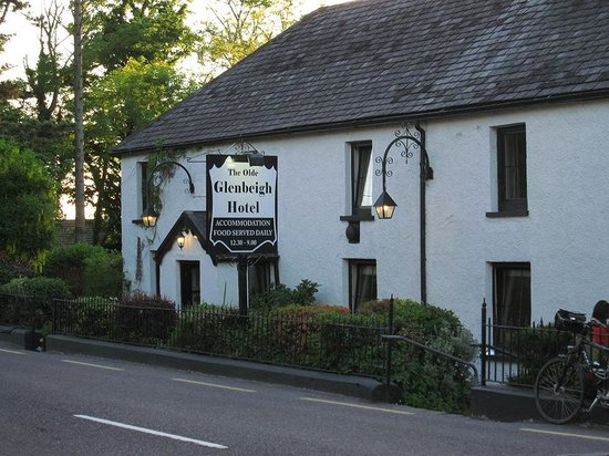 Olde Glenbeigh Hotel: The Olde Glenbeigh is indeed very old