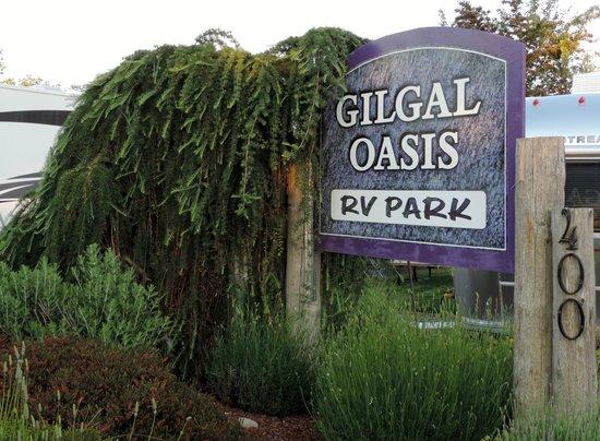 GilGal Oasis RV Park: Attractive entrance