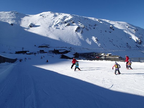 Mt Hutt Ski Area: lots of room