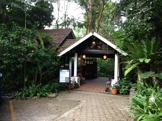 Koh Chang Cliff Beach Resort: ресепшен