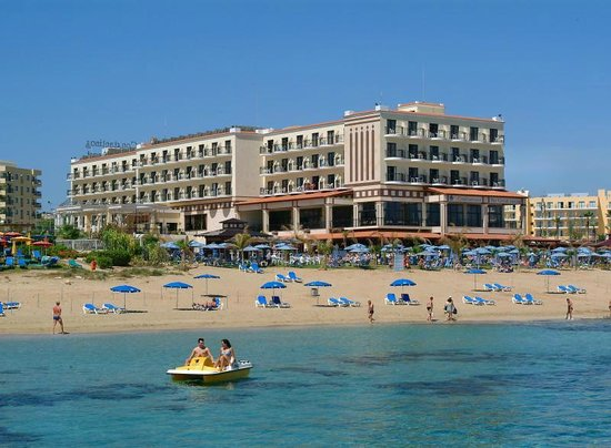 Constantinos the Great Beach Hotel: Hotel & Beach
