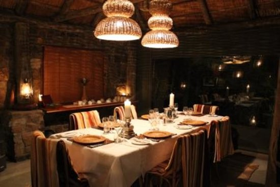 HillsNek Safaris, Amakhala Game Reserve: Dining Room