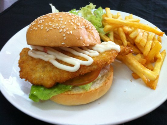 Chicken Schnitzel Burger Picture Of The Place Cafe Melaka Tripadvisor