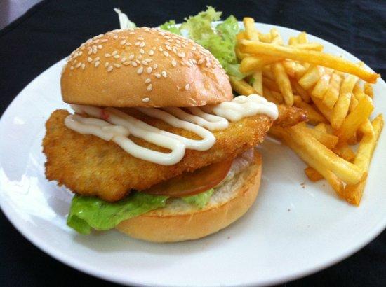 Chicken Schnitzel Burger Picture Of The Place Cafe Melaka Tripadvisor