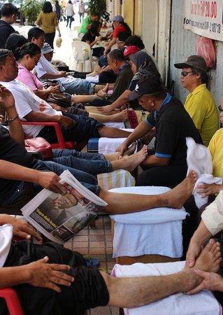 Gaya Street Sunday Market: Foot Massage by visual impaired masseurs