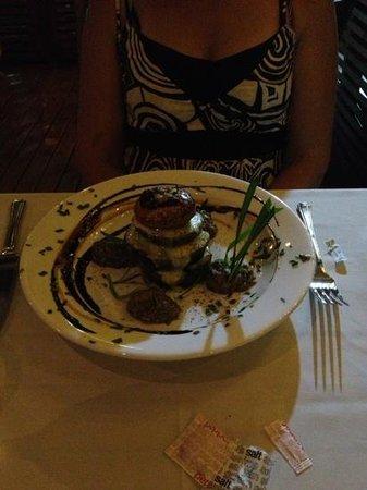 Sands Restaurant: Roast vege stack entree
