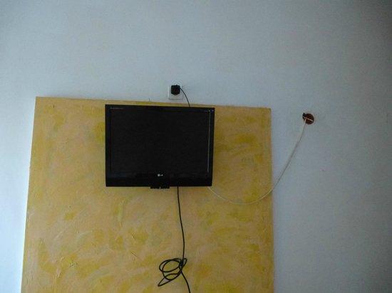 Hotel Sir Gara de Nord: TV