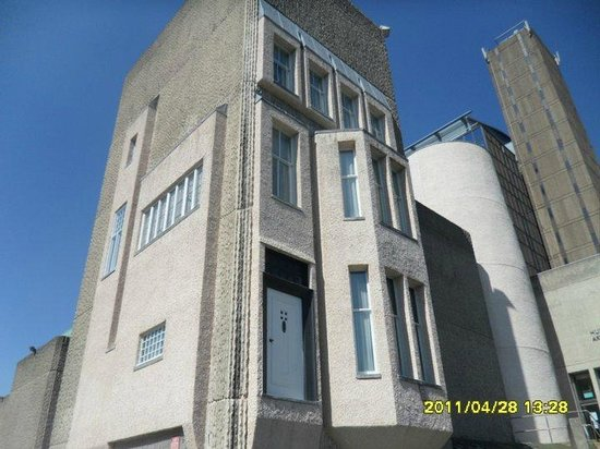 The Mackintosh House: FACADE OF HOUSE
