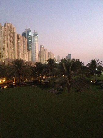 Maya Modern Mexican Kitchen + Lounge : View from the rooftop bar back toward JBR